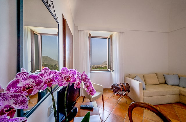 King Suite with Sea View in Sorrento