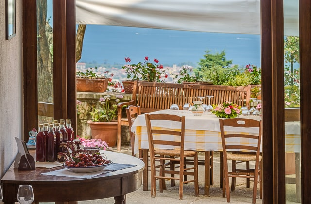 Antico Casale Farm Holiday in Sorrento - gazebo with a view
